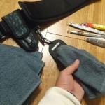 釣りを快適にする便利アイテム「タオルホルダー」とピッタリサイズの「激安タオル」