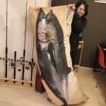 デジタル魚拓のRe:Fishさんが魚拓抱きまくら発売!? 皆様へのプレゼントも!?