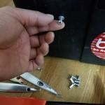 ドカット等のタックルボックスに「ビス穴」を作れる!「ハンドナッター」の使い方