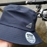 釣り人必見!もはや小さな傘!ワークマンのバカ売れ「イージス防水バケットハット」が凄い!